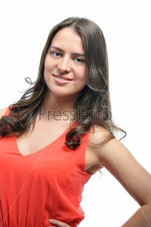 Портрет красивой девушки в красном
