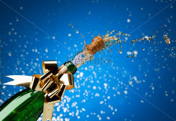 Шампанское и снег
