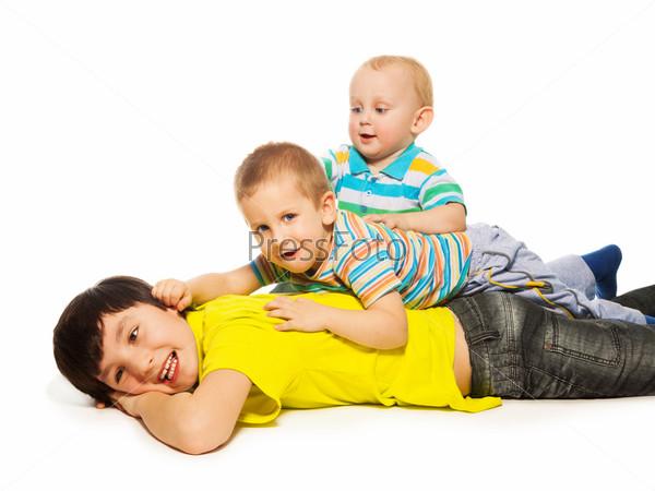 Три брата