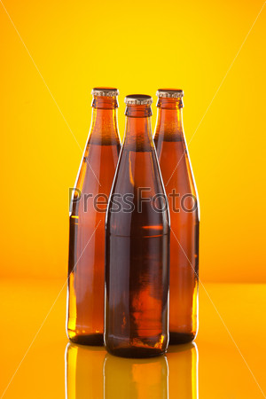 Фотография на тему Три бутылки пива