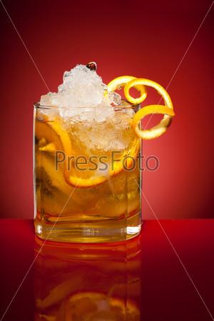 Апельсиновый освежающий напиток