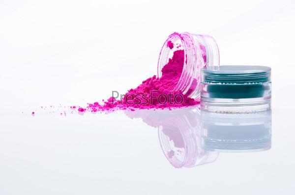 Фотография на тему Цветная пудра для макияжа