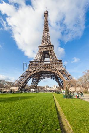 Фотография на тему Эйфелева башня