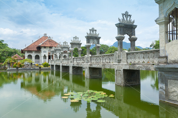 Храм воды в Бали