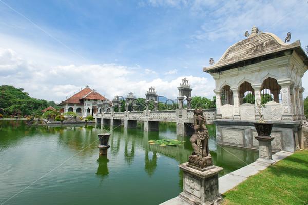 Фотография на тему Храм воды в Бали