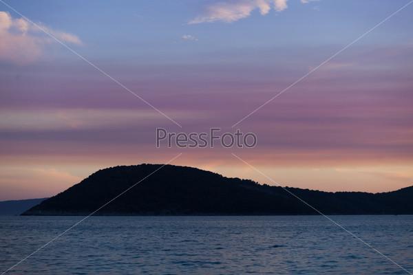 Фотография на тему Закат на море и побережье