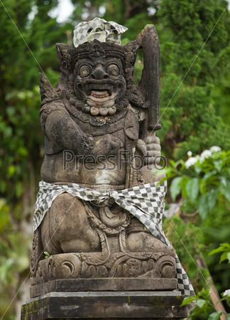 Балийский статуя