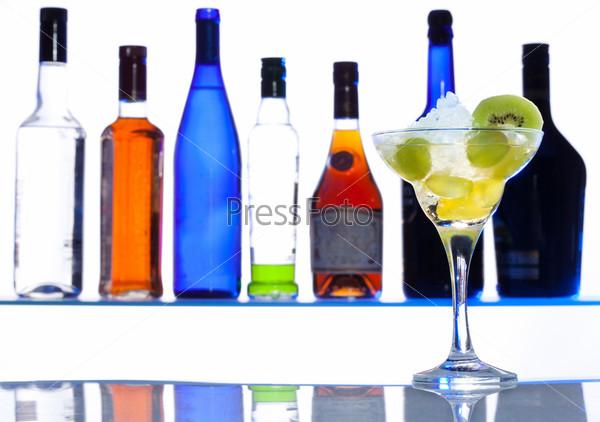 Фотография на тему Выпейте один напиток и будьте счастливы