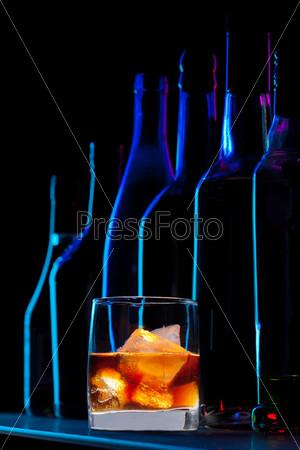 Виски в баре