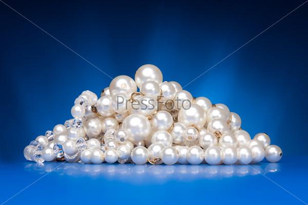 Сияющее ожерелье из жемчуга
