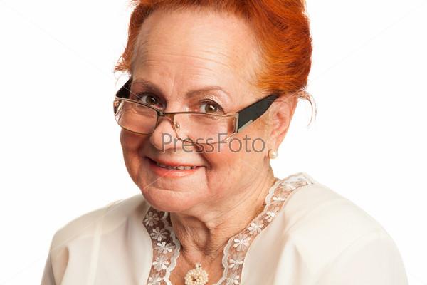 Фотография на тему Добрая улыбающаяся пожилая женщина