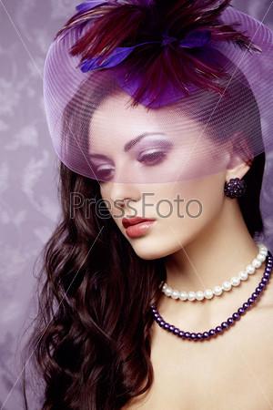 Фотография на тему Портрет красивой женщины в стиле ретро