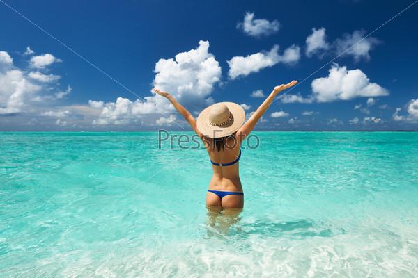 Фотография на тему Женщина на пляже