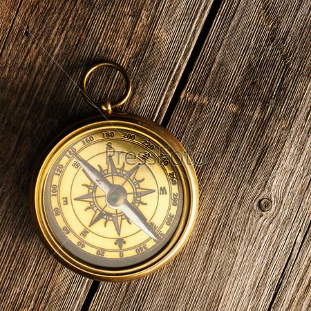Античный компас