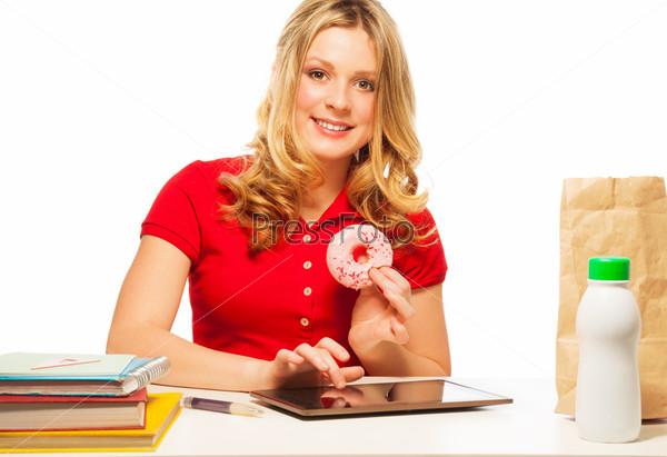 Фотография на тему Портрет девушки с пончиками