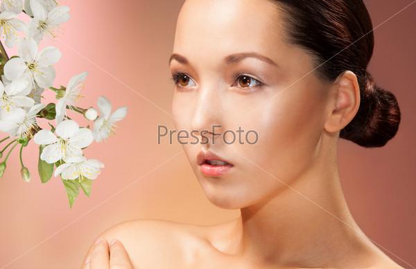 Портрет азиатской женщины