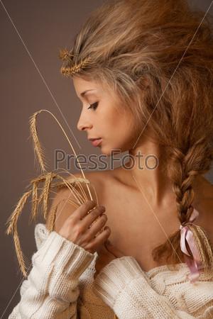 Фотография на тему Портрет красивой провинциальной женщины