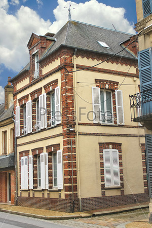 Городской каменный особняк. Франция