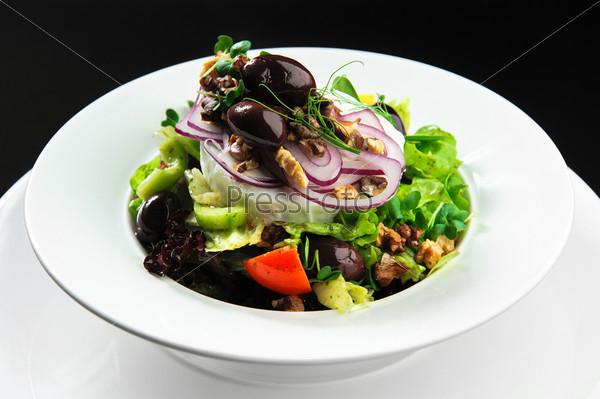 Фотография на тему Овощной салат с сыром