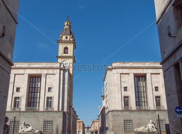 Церковь Сан-Лоренцо, Турин, Италия