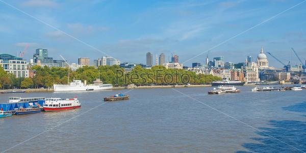 Река Темза в Лондоне