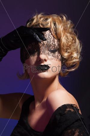Фотография на тему Усталая красивая женщина