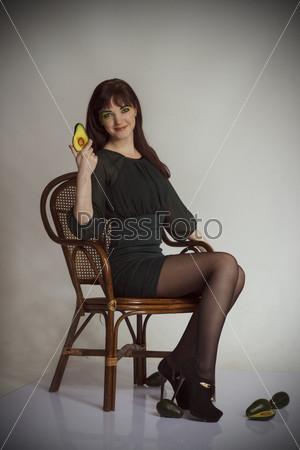 Фотография на тему Девушка с авокадо
