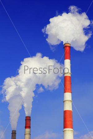 Фотография на тему Дымящие трубы тепловой электростанции