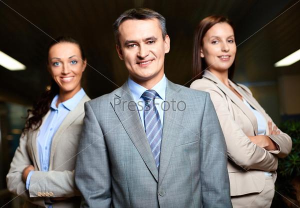 Фотография на тему Лидер и сотрудники