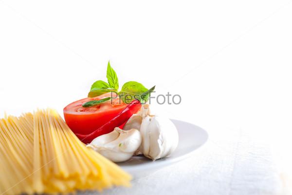Фотография на тему Итальянские спагетти с томатами