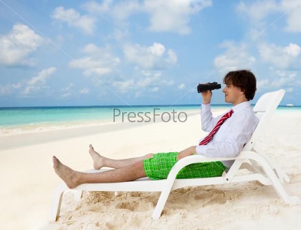 Фотография на тему Мужчина на пляже