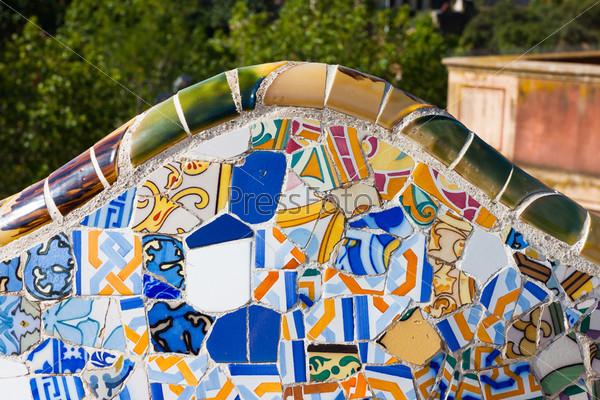 Фотография на тему Фрагмент мозаики в парке Гуэль, Барселона