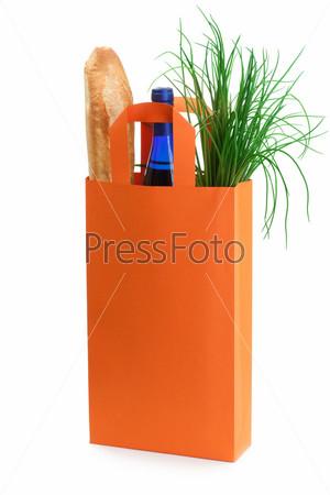Оранжевая сумка с продуктами