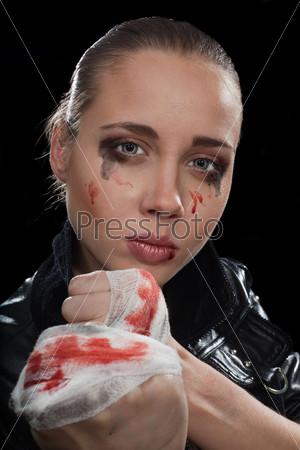 Фотография на тему Агрессивная женщина