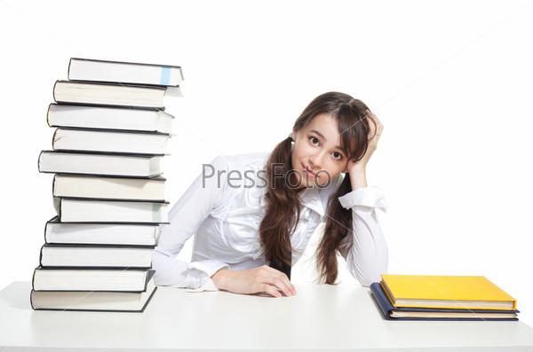 Испуганная девушка-студентка