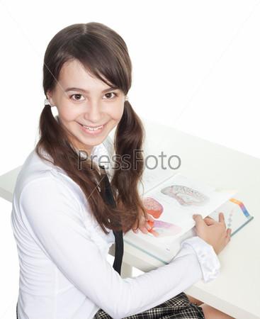 Фотография на тему Подросток с книгой