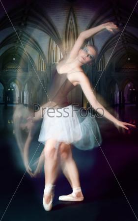 Балерина в движении