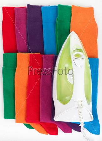 Фотография на тему Цветные носки и утюг