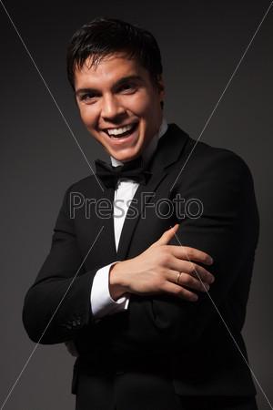 Фотография на тему Уверенный деловой человек смеется