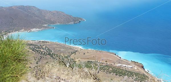 Фотография на тему Красивая панорама острова Крит и моря