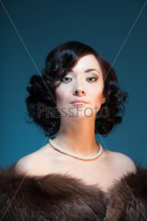Фотография на тему Портрет женщины в стиле ретро