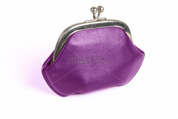 Фиолетовый кошелек с металлической застежкой