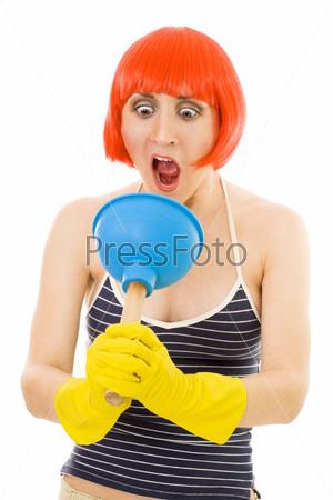 Фотография на тему Горничная с инструментами для уборки