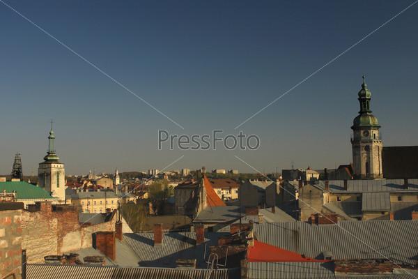 Вид старого города Львова