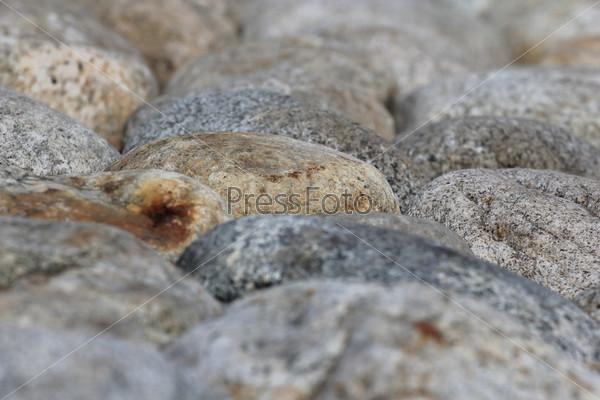 Поверхность из круглых природных камней