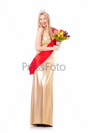 Королева красоты на конкурсе, изолированная на белом фоне
