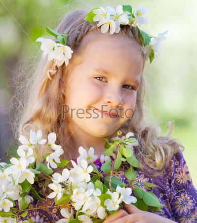 Портрет красивой девочки