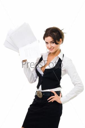 Фотография на тему Деловая женщина стоит с пачкой документов, изолированная на белом фоне