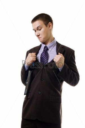 Молодой человек в неудобном костюме