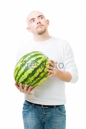 Мужчина с арбузом